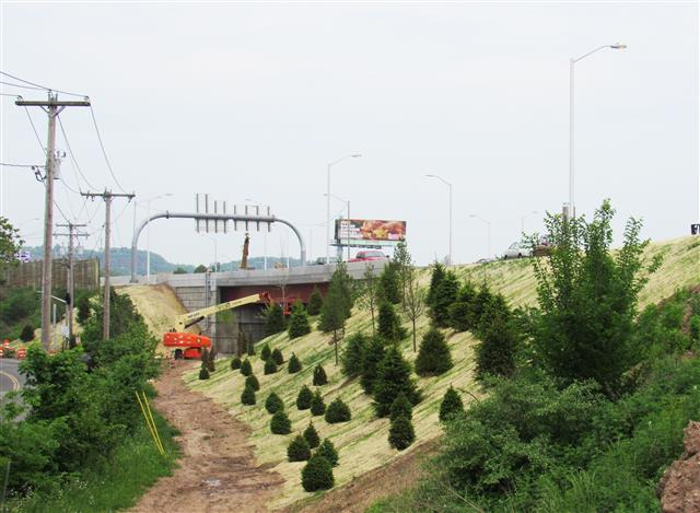 Continued planting of vegetation adjacent to the I-91 Southbound to I-95 Southbound and Route 34 Westbound bridge