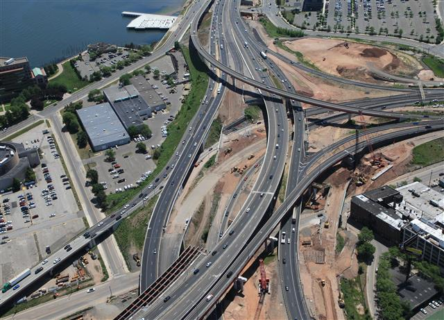 Aerial view of the I-95 / I-91 / Route 34 Interchange