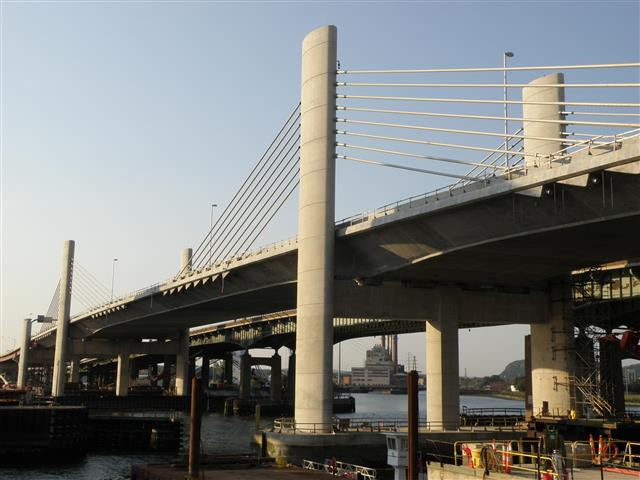 View of the completed I-95 Northbound side of the new Pearl Harbor Memorial (Q) Bridge